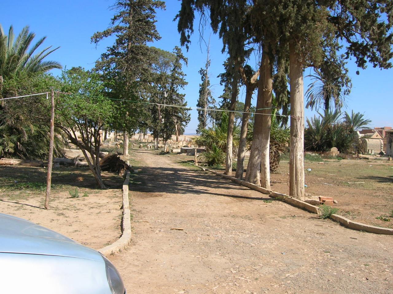 Relizane et regroupement cimetières alentour
