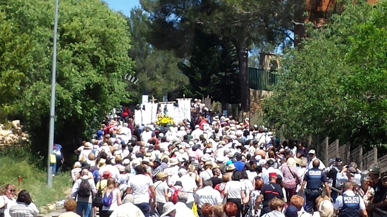 procession6